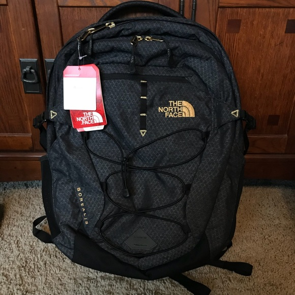 21eeb21eb NWT The North Face Borealis - 24K Gold NWT